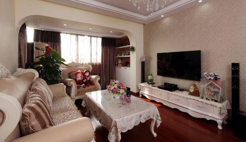 电视柜的造型也有欧式的宫廷风,像是公主才能享有.